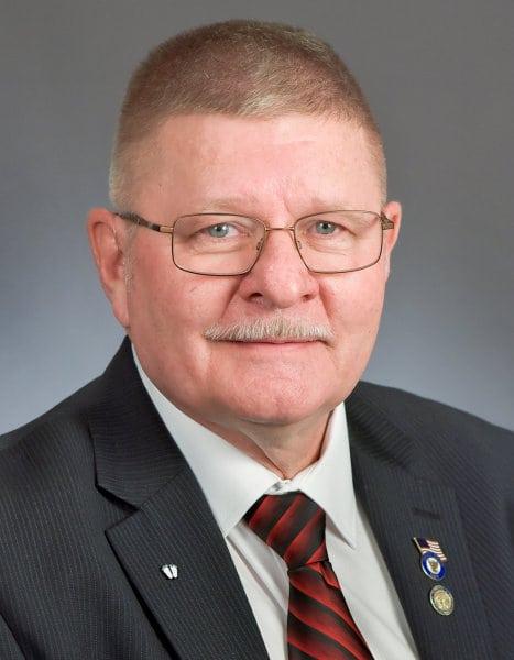 MN Representative Dale Lueck for District 10B