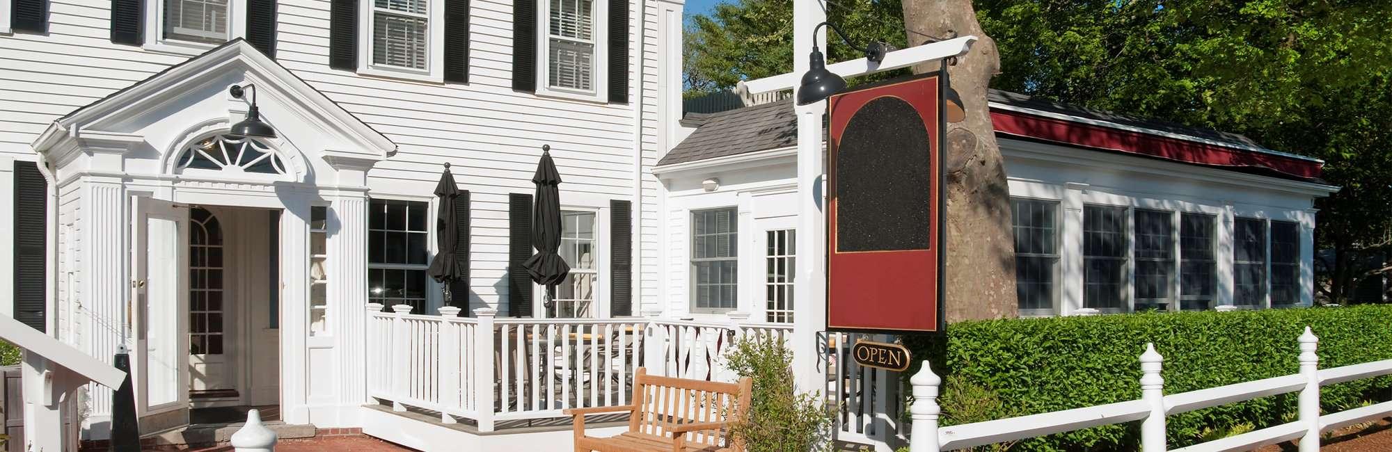 Slide-Lodging-Historic-Inns