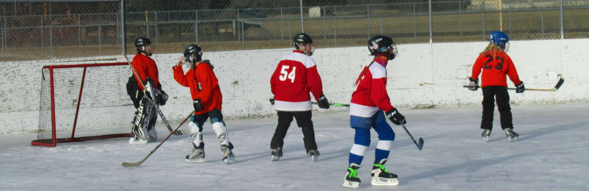 Slide-Recreation-Hockey