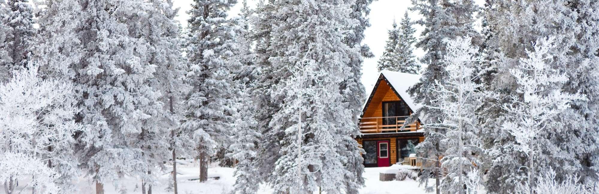 Slide-Winter-Cabin-Rental