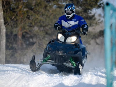 11-winter-home-snowmobile-trails